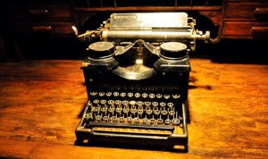 AntiqueTypewriter